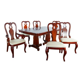 Queen Anne Legacy Evolution 7-Piece Dining Set For Sale