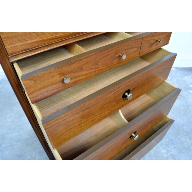 Mid-Century Chest of Drawers by Thomasville Motif For Sale - Image 9 of 13