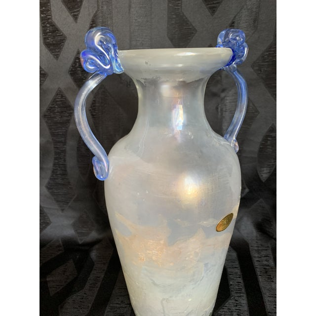 Offered is a beautiful Seguso Vetri d'Arte Scavo glass amphora vase, this rare and unusual large size with applied...