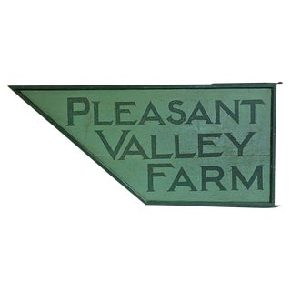 "Vintage ""Pleasant Valley Farm"" Wooden Sign For Sale"