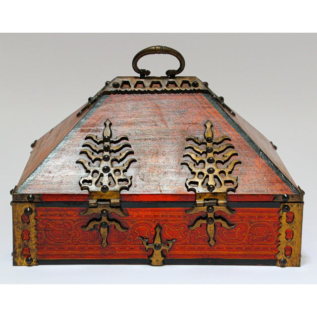 Large Decorative Indian Jewelry Box With Brass, Kerala Nettur Petti For Sale - Image 12 of 13