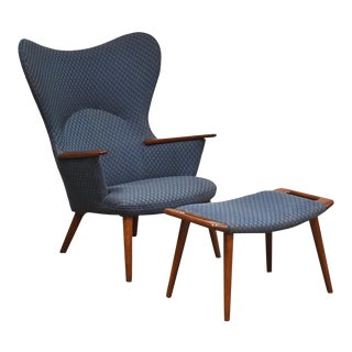 Ap-28 Mama Bear Chair and Ottoman by Hans J. Wegner for Ap Stolen For Sale