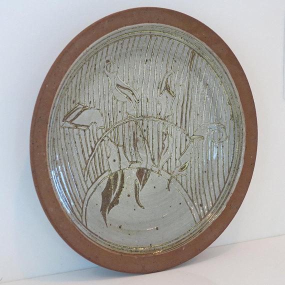 Mid-Century Modern 1970s David Westmeier Naturalistic Branch and Leaf Design Stoneware Pottery Ceramic Plate For Sale - Image 3 of 6