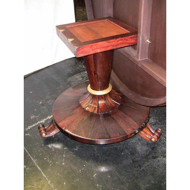 Early 19th Century British Regency Tilt Top Center Table For Sale - Image 5 of 9