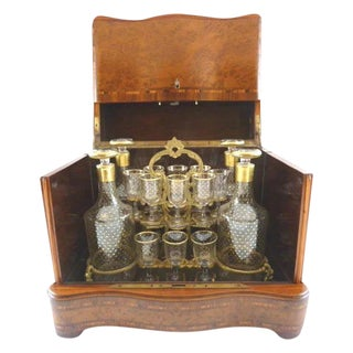 Superb Antique French Cave a Liqueur / Tantalus Liquor Box / Burl Wood Inlay / Four Decanters & Sixteen Glasses Hand Painted With Gilt Stars For Sale