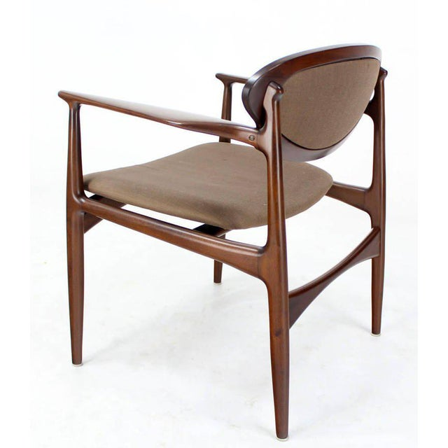 Extra-Wide Mid-Century Danish Modern Lounge Chair by Selig For Sale In New York - Image 6 of 10