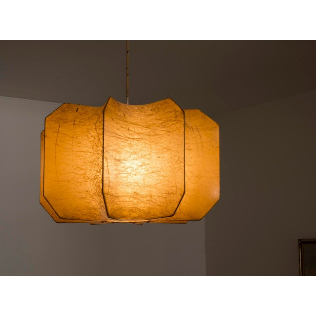 Italian Resin Cocoon Pendant Lamp in the Style of Pier and Achille Castiglioni, 1960s For Sale - Image 4 of 10