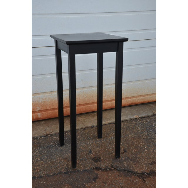 Simple Shaker Style Side Table - Image 2 of 8