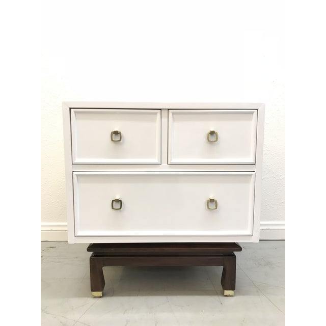 American of Martinsville American of Martinsville White Laquered Nightstands - A Pair For Sale - Image 4 of 10