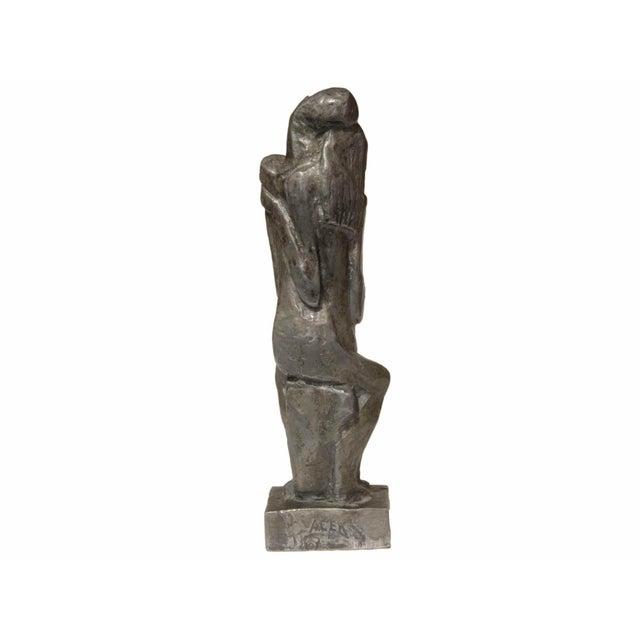 Jaroslav Vacek (1923-2012) - Sculpture in Aluminium Representing an Embraced Couple For Sale - Image 4 of 7