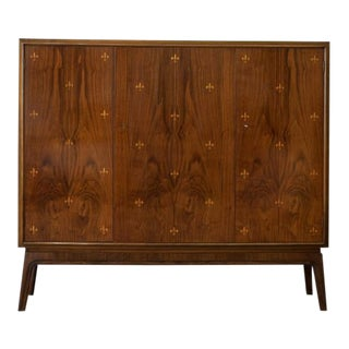 Otto Schulz Rare Cabinet With Fleur De Lys Marquetry for Boet, Sweden, Ca. 1940 For Sale