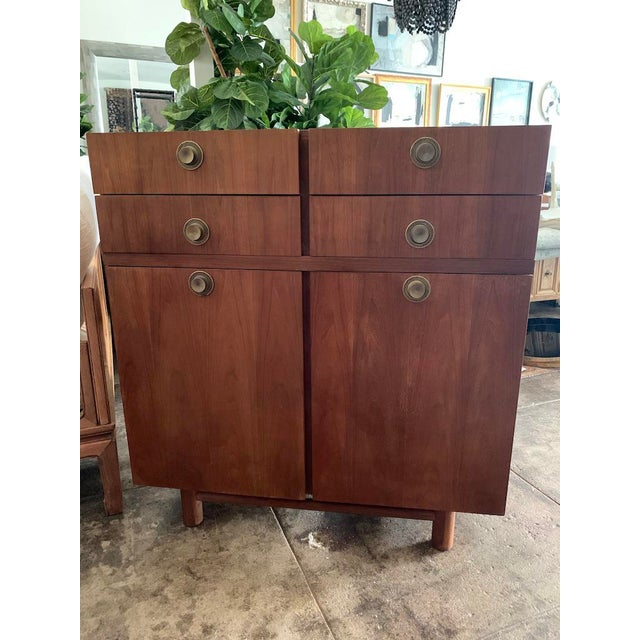 Mid Century Modern American of Martinsville Highboy For Sale - Image 11 of 11