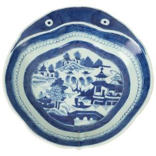 Chinese Export Porcelain Shrimp Dish For Sale