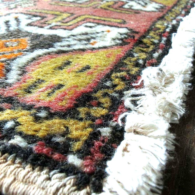 "Pink Vintage Turkish Rug - 1'8"" x 3'2"" - Image 5 of 7"