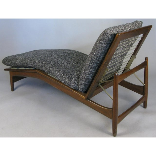 1960s Vintage Danish Adjustable Chaise Lounge by Ib Kofod-Larsen For Sale - Image 9 of 10