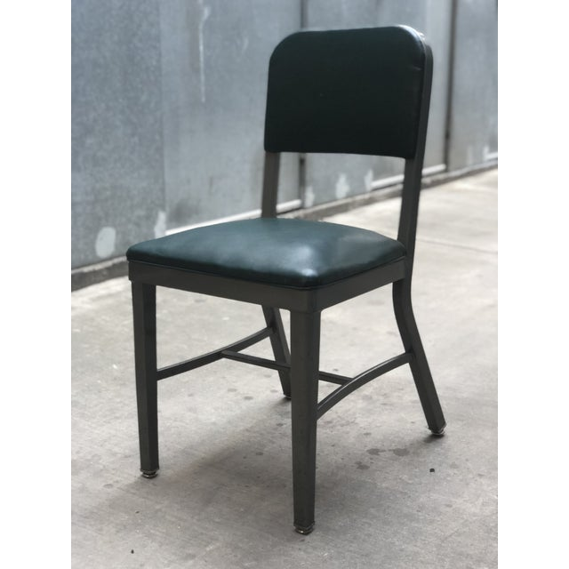 1960s Vintage Mid-Century Industrial Teal Vinyl Office Chair For Sale - Image 5 of 9