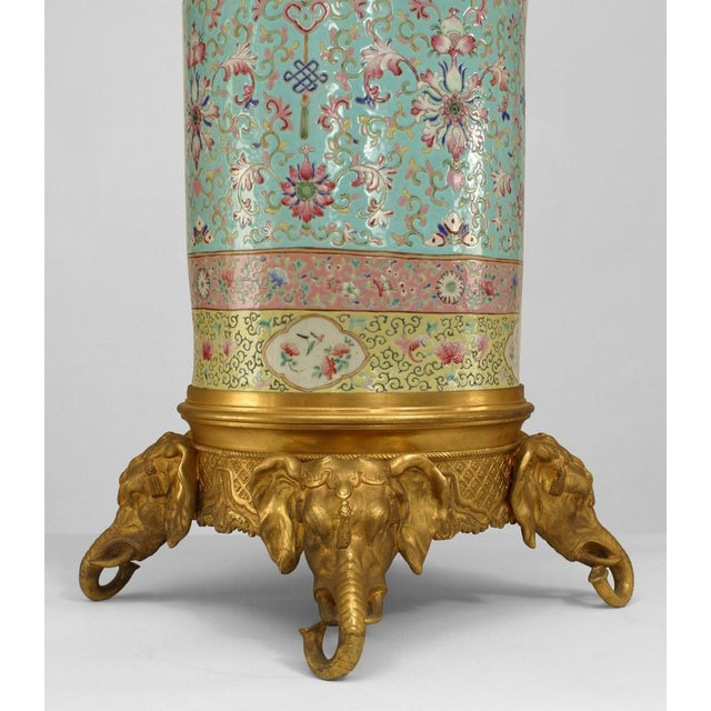 Mid 19th Century Pair of English Regency Style Turquoise Chinese Porcelain Pedestals For Sale - Image 5 of 11