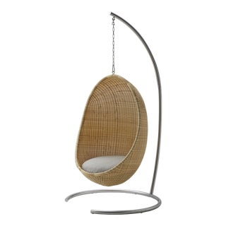 Nanna Ditzel Exterior Hanging Egg Chair - Natural - Sunbrella Sailcloth Seagull Cushion with Stand and Chain For Sale