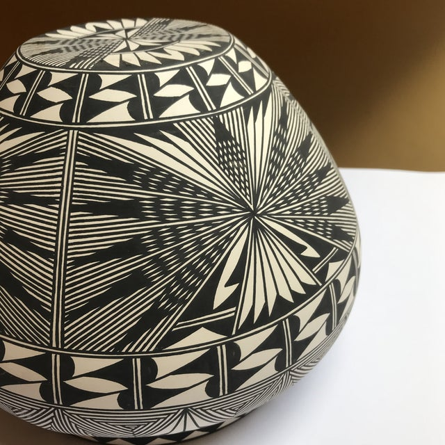 2000 - 2009 Acoma Pueblo Pottery Polychrome Bowl Signed Chino For Sale - Image 5 of 13