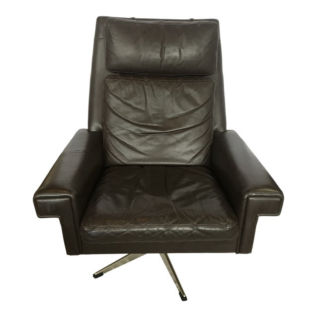 Vintage Mid Century Leather Swivel Chair For Sale