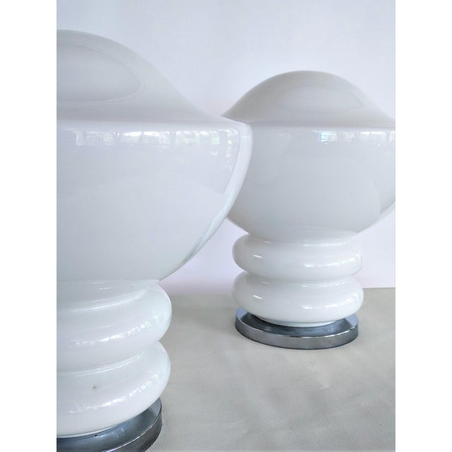 Chrome 1970s Mid-Century Modern Mazzega Glass and Chrome Table Lamps - a Pair For Sale - Image 7 of 13
