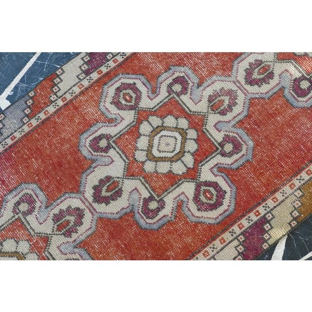 Islamic 1970s Vintage Turkish Runner Rug Geometric Wool Rug - 2′9″ × 8′7″ For Sale - Image 3 of 9