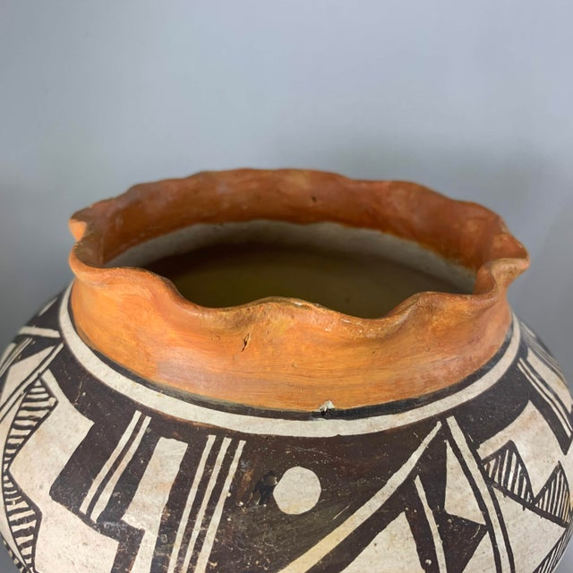 Orange Acoma Pueblo Southwestern Olla Jar For Sale - Image 8 of 12
