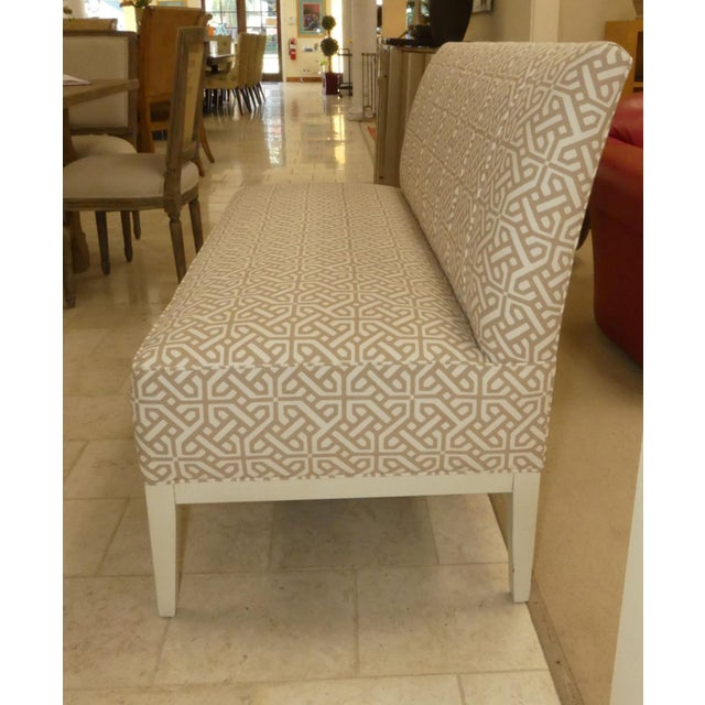 Contemporary Hickory Chair Upholstered Dining Bench . Banquette . Settee . Loveseat For Sale - Image 3 of 11