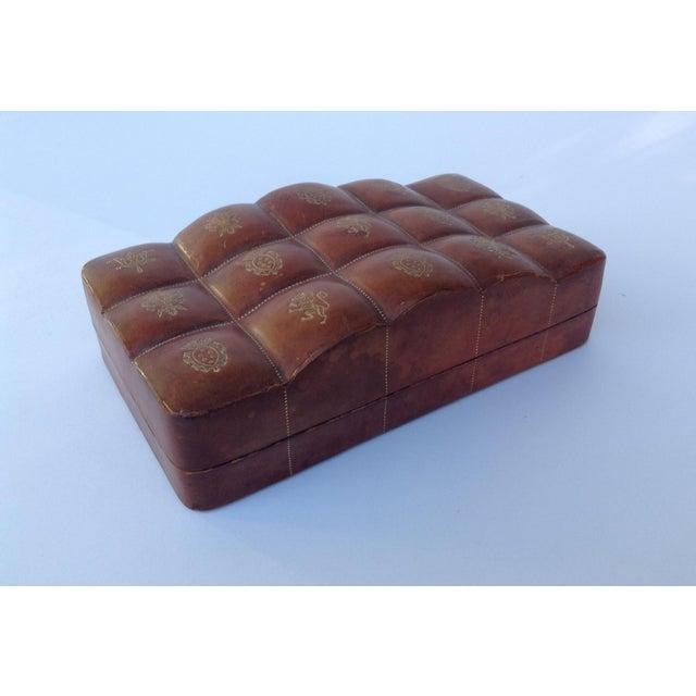 Italian Leather Hand-Tooled Embossed Lidded Keepsake Box For Sale - Image 11 of 11