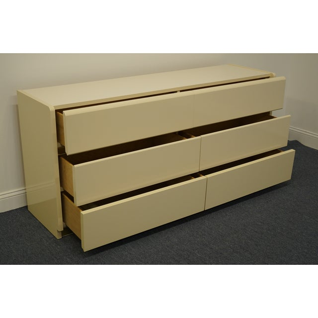 Lane Furniture Contemporary Cream/Off White Lacquered Double Dresser For Sale In Kansas City - Image 6 of 13