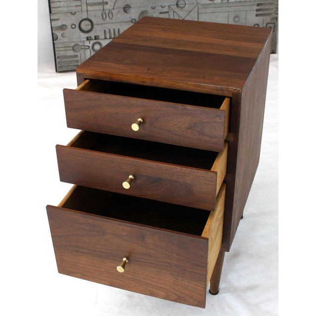 Mid-Century Modern Solid Oiled Walnut Brass McCobb Pulls Three-Drawer Stand End Table For Sale - Image 3 of 8