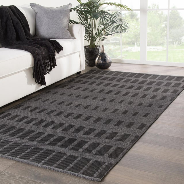 2010s Nikki Chu by Jaipur Living Vaise Indoor/ Outdoor Geometric Gray/ Black Area Rug - 7′6″ × 9′6″ For Sale - Image 5 of 6