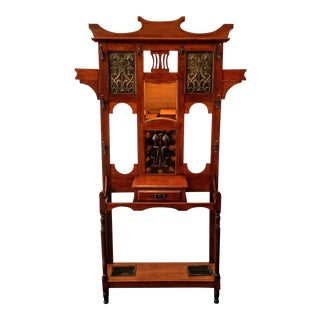 English Arts & Crafts Mirrored Oak Hall Stand With Silvered Copper Repousse Panels For Sale