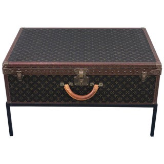 Louis Vuitton Trunk on Stand, Large For Sale