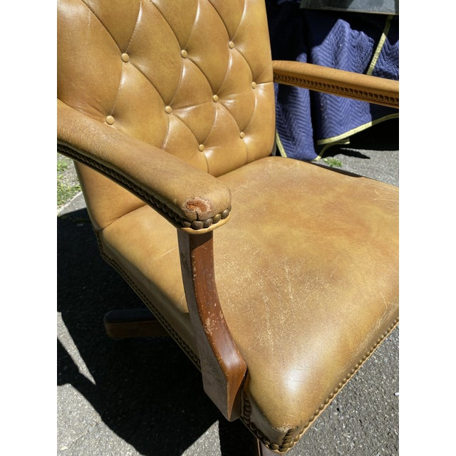 Modern Vintage Executive Tufted Leather Swivel Office Desk Chair For Sale - Image 3 of 13