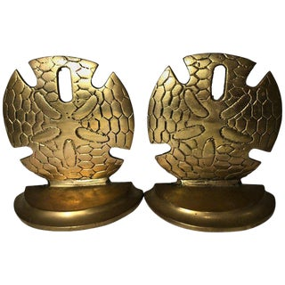 Hollywood Regency Brass Sand Dollar Bookends - a Pair For Sale
