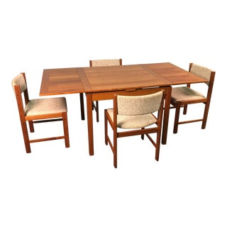 Beautiful Teak Mid-Century Style Expandable Dining Table With 4-Chairs For Sale