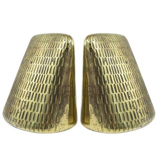 Brass Pyramid Bookends by Ben Seibel for Jenfred Ware - a Pair For Sale