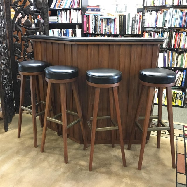 Superb Vintage Mid Century Modern Teak Bar With 4 Swivel Stools Unemploymentrelief Wooden Chair Designs For Living Room Unemploymentrelieforg