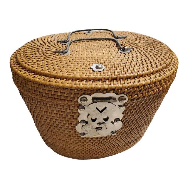 Vintage 1970s Reed Picnic/Bar/Espresso Basket For Sale