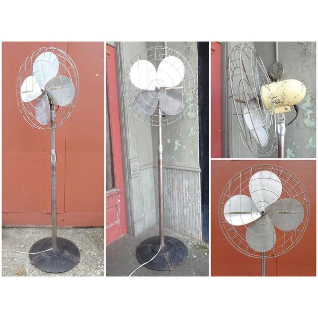 Hunter Zephair 2430 Bullet Back Industrial Pedestal Floor Fan For Sale - Image 12 of 13