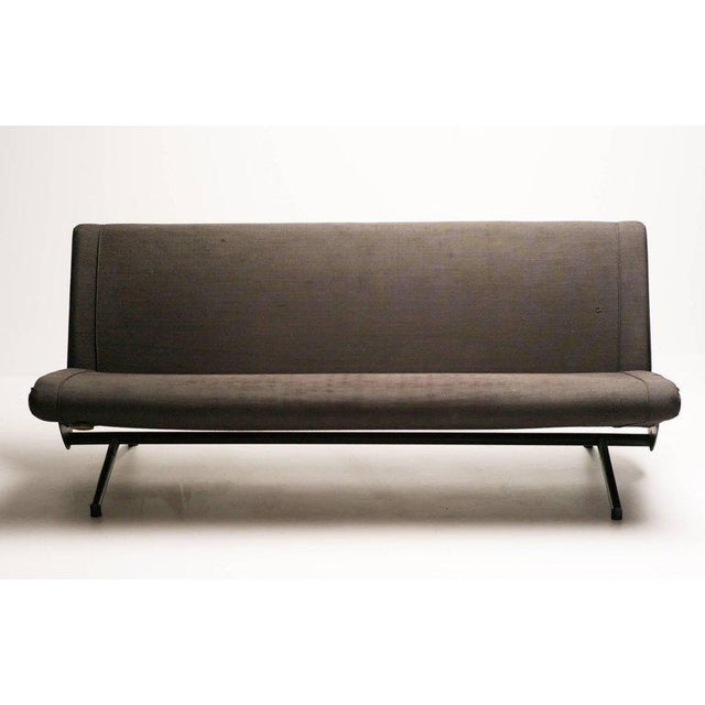 1950s Sofa Daybed D70 Designed by Osvaldo Borsani for Tecno For Sale - Image 5 of 8