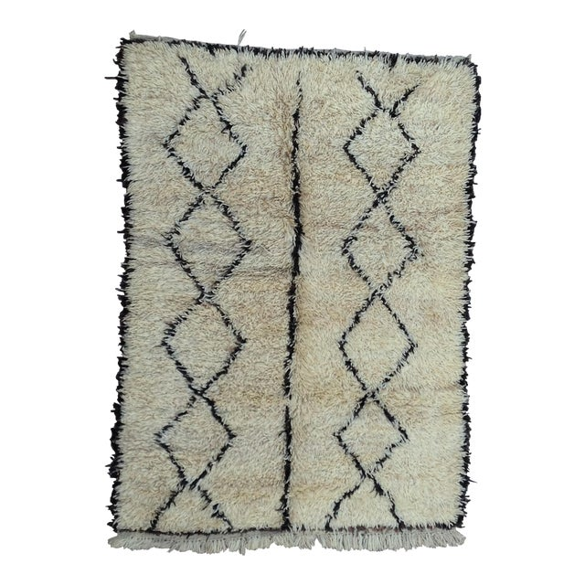 1980s Beni Ourain rug- 5′ × 7′ For Sale