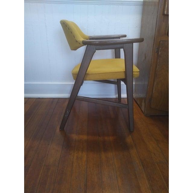 Danish Modern 1960s Danish Modern Paoli Yellow Padded Chair For Sale - Image 3 of 11
