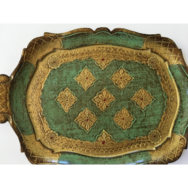 Hollywood Regency Mid-Century Gilt & Green Wooden Florentine Handled Tray - Italy For Sale - Image 3 of 10