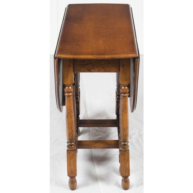1920s Jacobean Turned Gate Leg Drop Leaf Side Table For Sale In Atlanta - Image 6 of 10