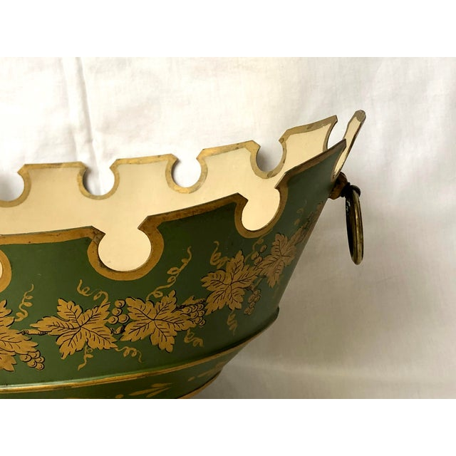1950s French Green & Gold Tole Neoclassical Footed Monteith/Rafraichissoire/Chillers, Hp For Sale - Image 5 of 13