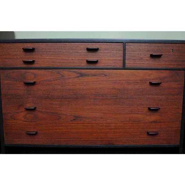 Danish Modern Hans Wegner Ebonized Oak Teak Dresser Ry Mobler - 1950s For Sale - Image 3 of 13