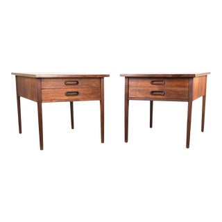 Jack Cartwright for Founders Mid-Century Walnut Side Tables / Pair For Sale