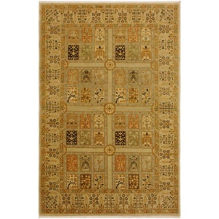 Istanbul Jerrell Lt. Tan/Lt. Gray Turkish Hand-Knotted Rug -4'2 X 5'7 For Sale